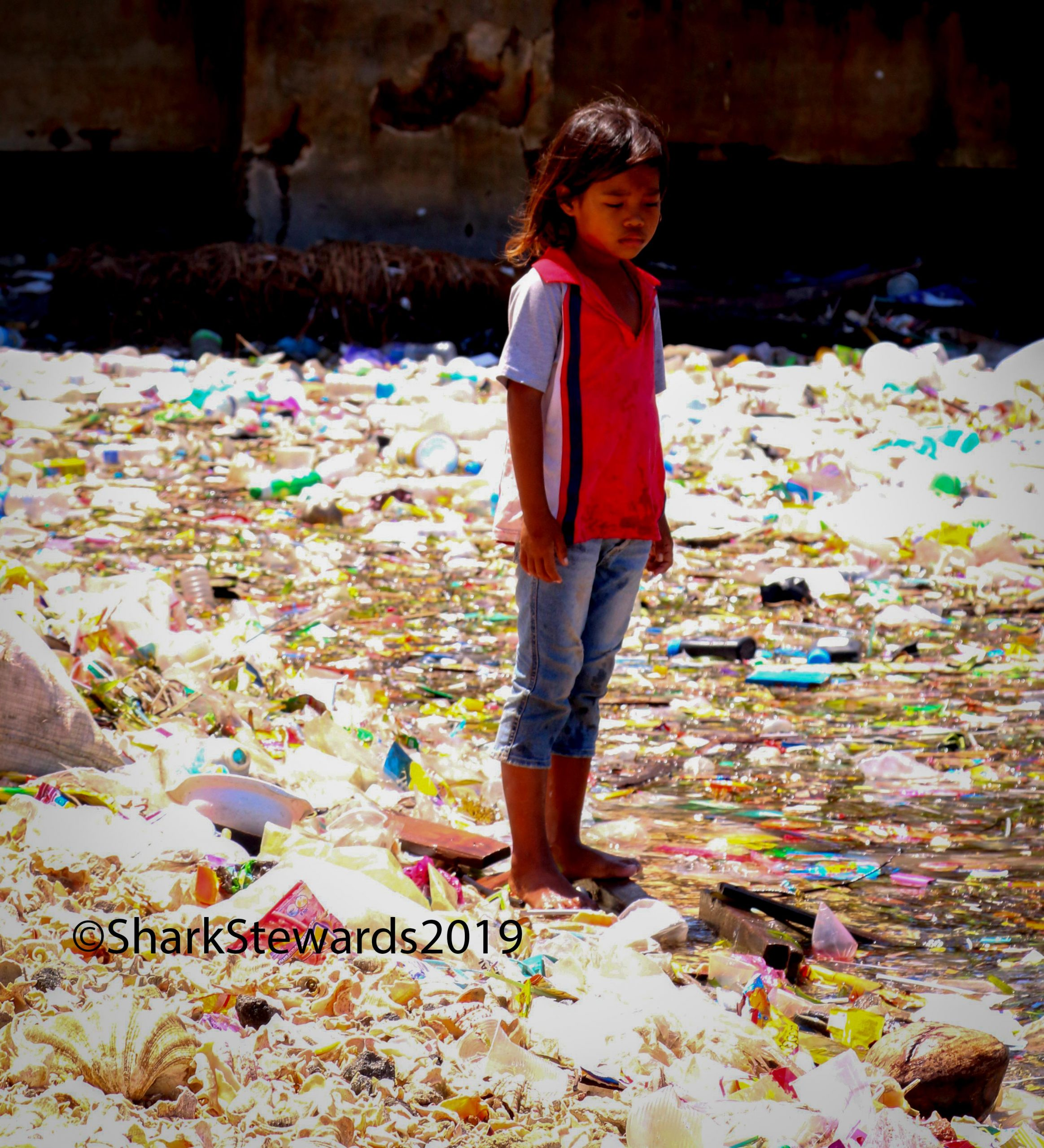 Malaysia Kid with Plastic small
